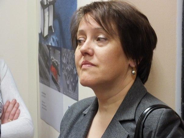 Фото к Школьники Екатеринбурга посетили Уральский центр коллективного пользования «Современные нанотехнологии»