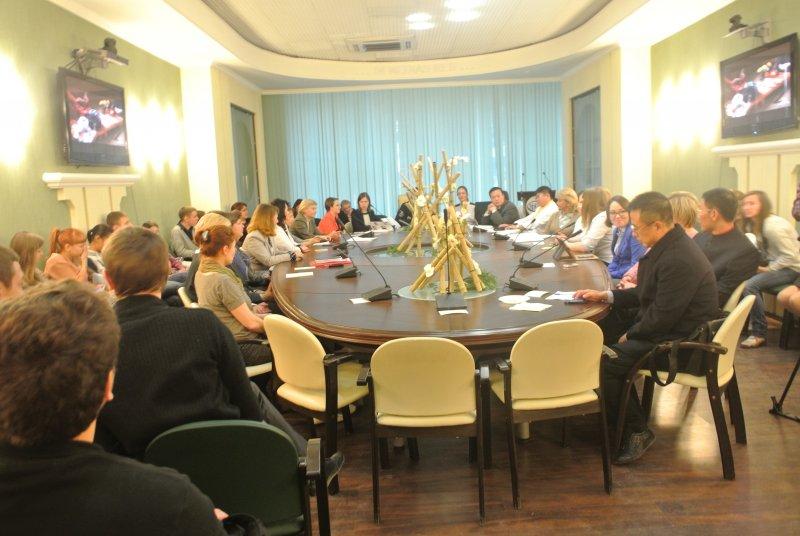 Фото к Гости из Поднебесной в Информационном центре по атомной энергии