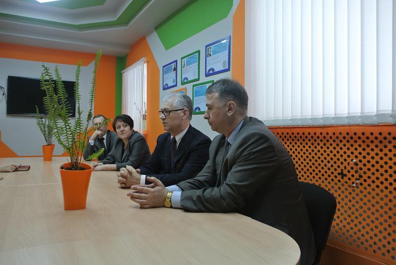 Фото к Гостями Информационного центра стали руководители и специалисты отраслевых предприятий