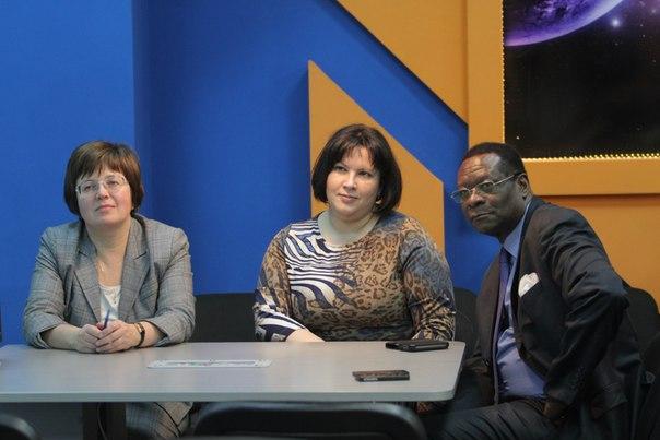 Фото к В информационном центре по атомной энергии Екатеринбурга прошла встреча полномочных послов стран Африки со школьниками