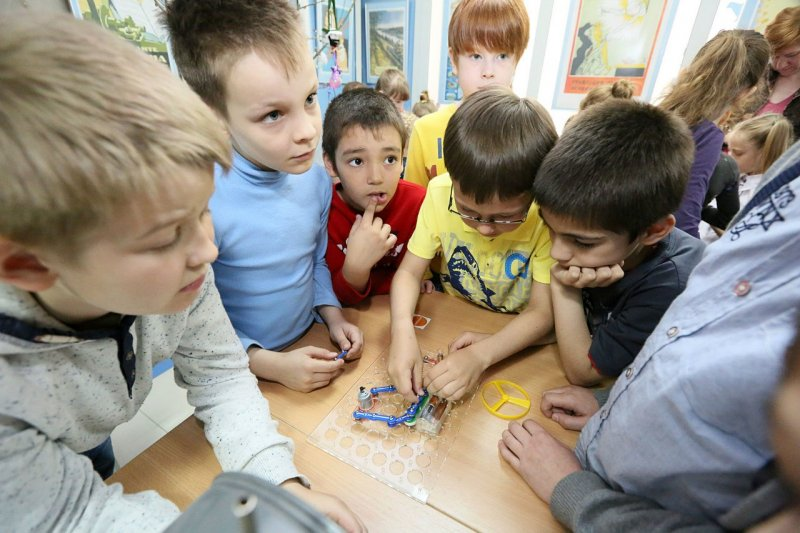 Фото к В «Ночь музеев» Информационный центр по атомной энергии г. Екатеринбурга стал организатором детской программы в рамках акции.