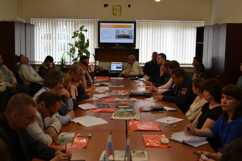 Фото к О безопасности вместе с МЧС и Департаментом общественной безопасности Свердловской области