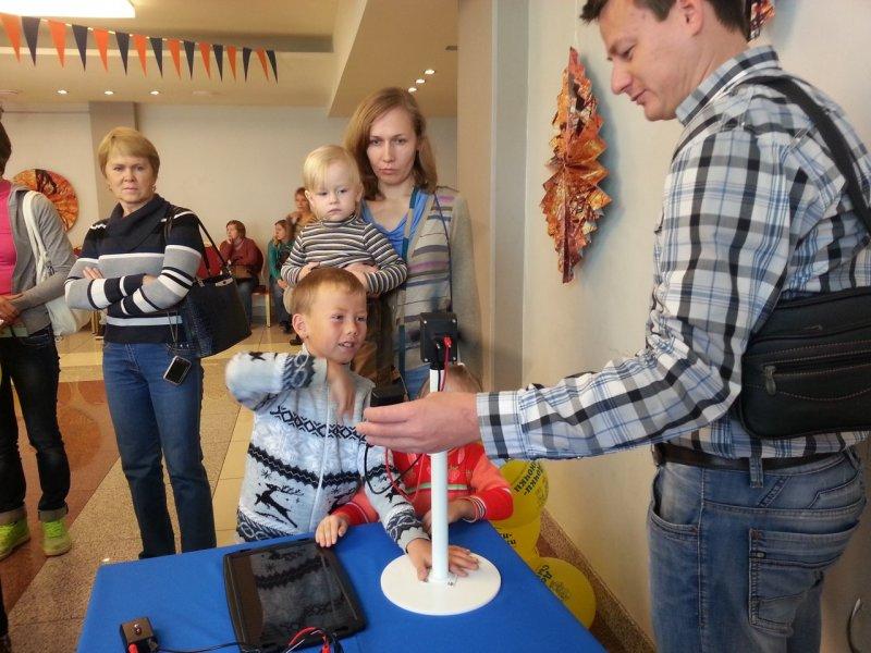 Фото к Семейный праздник Welcome Day: от творчества до науки один шаг
