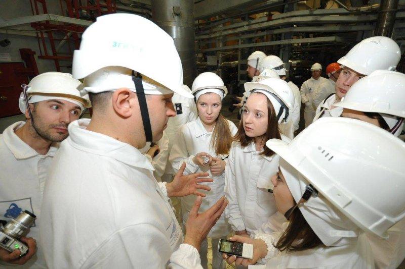 Фото к Сотрудники ИЦАЭ побывали на новом блоке Белоярской АЭС
