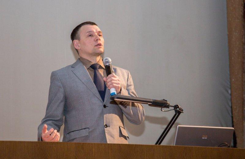 Фото к Фестиваль «ТЕХНОFEST»:  выставка технологических устройств и изобретений